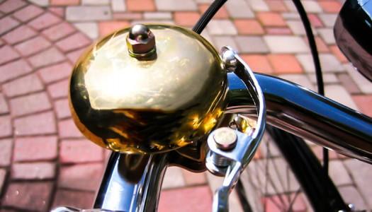 自転車のベルはむやみに鳴らすと違反!8割以上が自転車に厳しい取り締まりを熱望