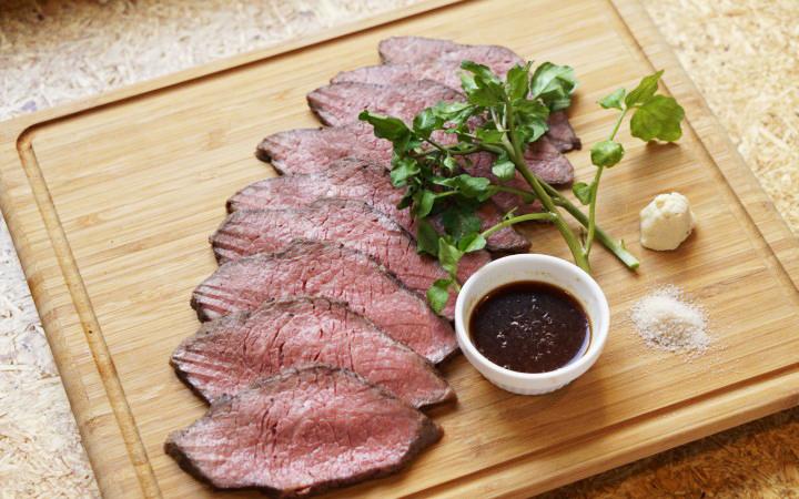 29onの低温調理肉盛りイメージ