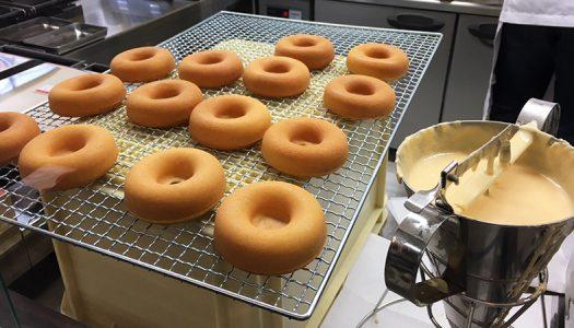 焼きたてドーナツ「macanon(マカノン)」が表参道にオープン。とにかく焼きたてを食べろ!焼きたて熱々のドーナツを!