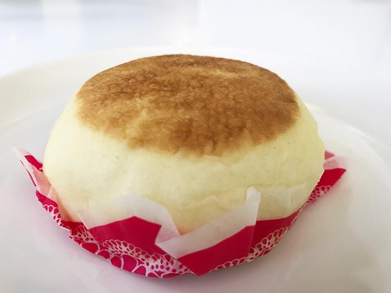 フロマージュまん(チーズケーキ風味)
