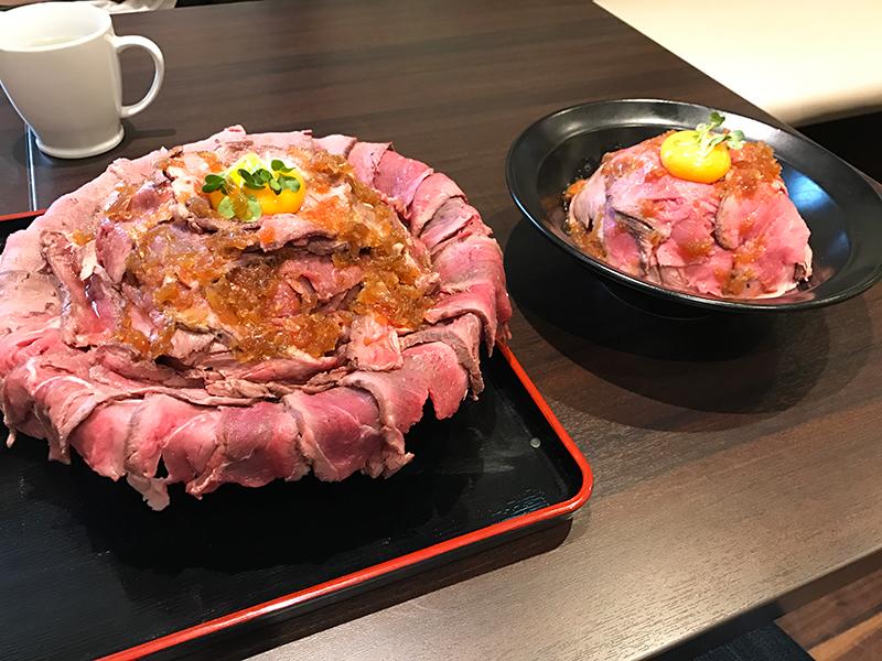 1ポンド メガローストビーフ丼