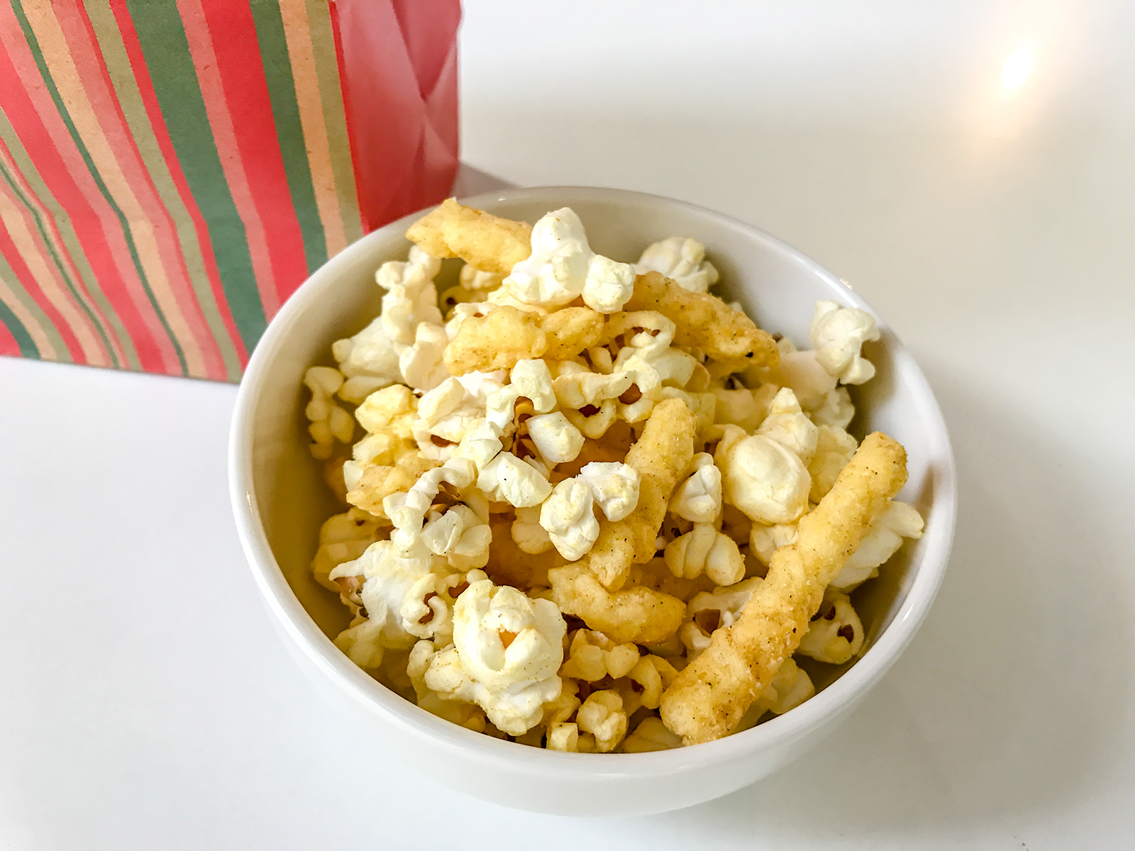 【激旨】映画館「TOHOシネマズ」限定のポップコーン『ココイチカレー味』が美味すぎ!映画を観ながら2種類のお菓子を同時に楽しめるよ!