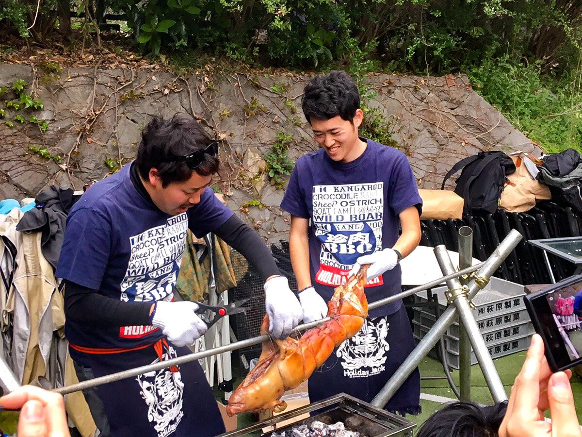 豚の丸焼き解体