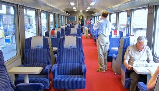「必ず座れる電車」導入に期待感高し!満員電車の解消に繋がるのか?