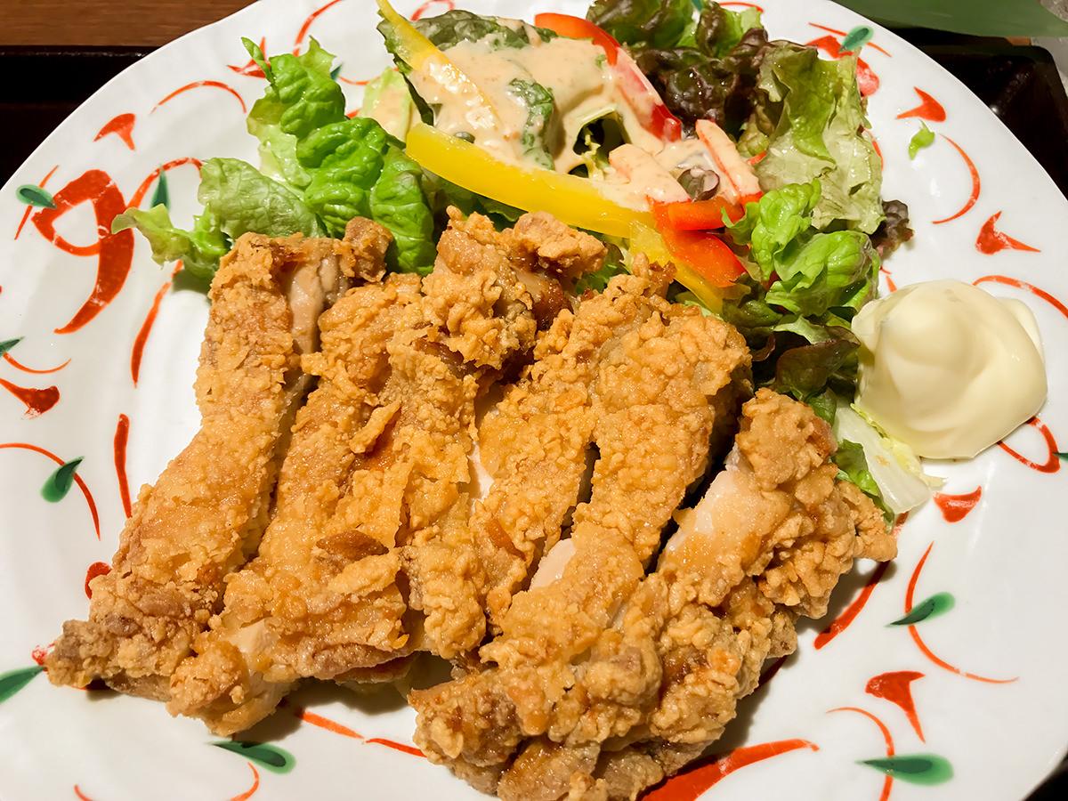 やよい軒『鶏もも一枚揚げ定食』