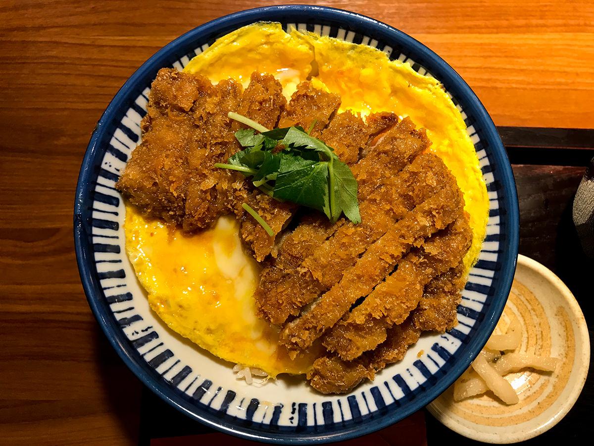 ジンギスカン羊一『ラムカツ丼』