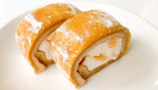【ローソン】『わらび餅で巻いたもち食感ロール(みたらしソース)』は甘じょっぱくて美味だけどカロリーがヤバい!