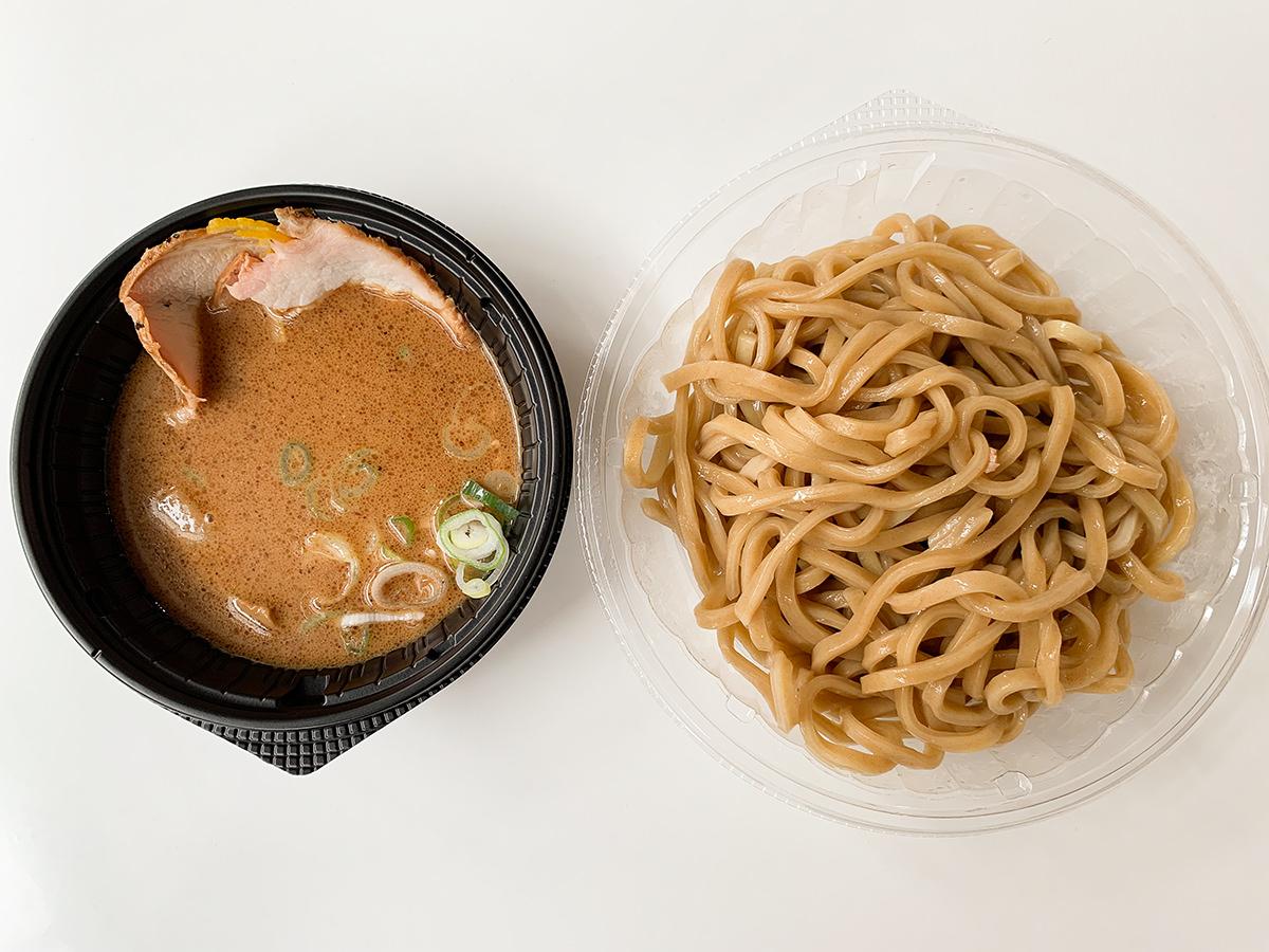 セブンイレブン『とみ田監修 濃厚豚骨魚介 冷し焼豚つけ麺』